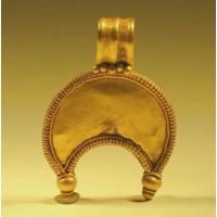 Roman Gold Lunar Pendant