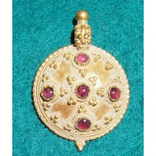 Antique Jewellery Delightful Byzantine Pendant with Garnets